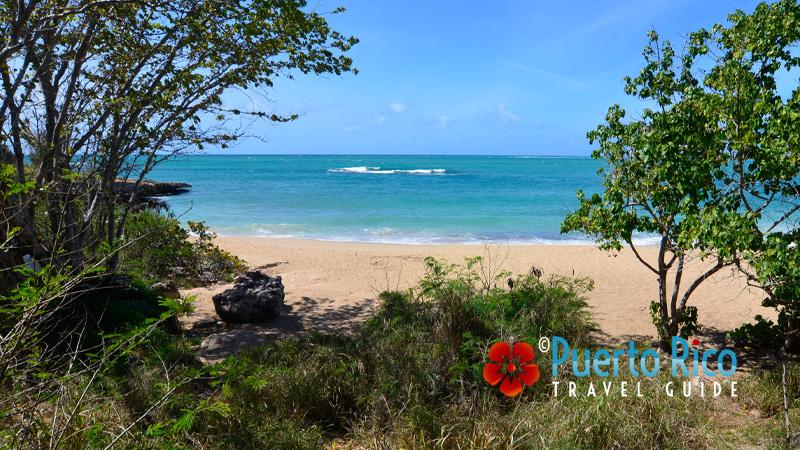 Playa Atolladora - Guanica, Puerto Rico