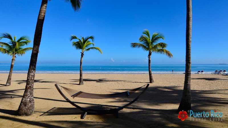 Isla Verde Beach - Best beaches near the San Juan Airport - Puerto Rico
