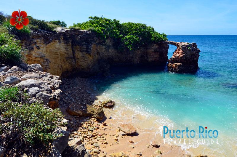 El Puente de Natural de Piedra / Natural Bridge - Cabo Rojo, Puerto Rico